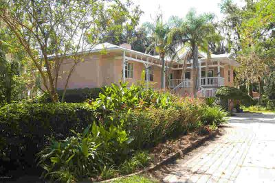 2590 River Place Ln Orange Park Four BR, BRING YOUR BOAT AND