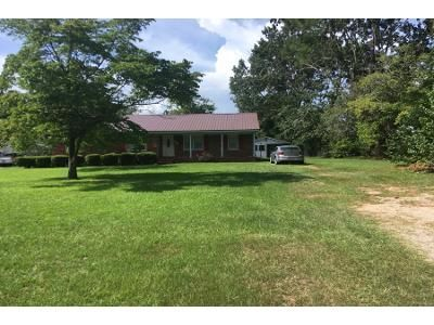 3 Bed 2.0 Bath Preforeclosure Property in Albany, GA 31705 - Community Ave