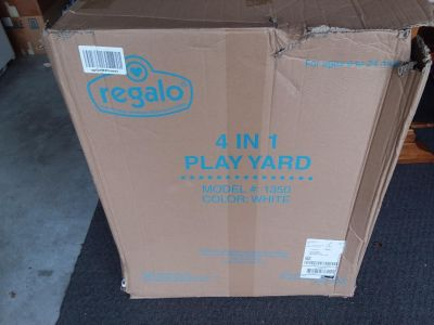 REGALO 4 IN 1 Play Yard used very little in box with directions