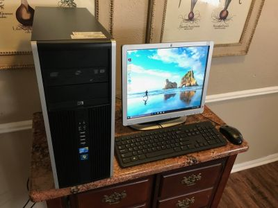 Hp Elite 8000 Quad Core Desktop - 8 gigs of RAM 500 gig HDD - windows 10 pro