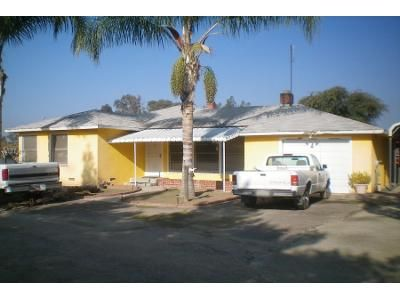 3 Bed 2 Bath Preforeclosure Property in Fresno, CA 93725 - E Lincoln Ave
