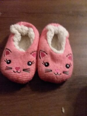 Slippers size 10