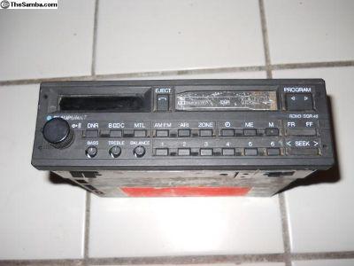 Bluapunkt reno sqr 46 factory radio / cassette