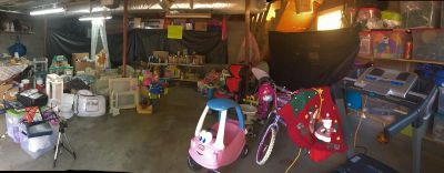 Garage sale Today from 7.00 - 3.00