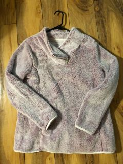 St. John s Bay Sherpa Size Large Excellent Condition