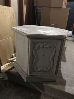 Project piece. End table or corner piece.