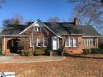 Charming Brick Home on N. Main Street in Wood...