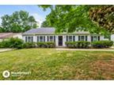 Three BR Two BA In Mecklenburg NC 28208