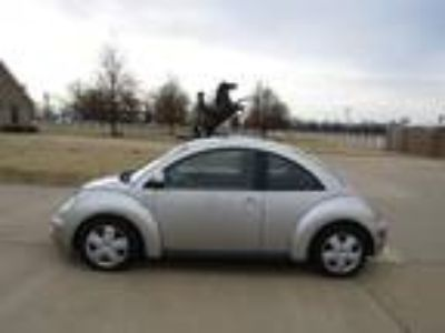 Used 2000 VOLKSWAGEN NEW BEETLE For Sale