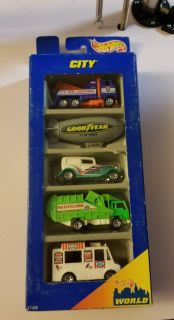 Hot Wheels City Action 5 Pack Gift Set Blimp Recycle Truck Good Humor 1997