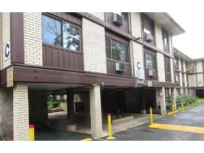 1 Bed 1 Bath Foreclosure Property in Spring Valley, NY 10977 - N Main St Apt C19