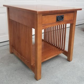 End Table or Night Stand with Drawer