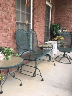 PATIO SET/ 2 seat GLIDER / swival chair/ 2 end tables