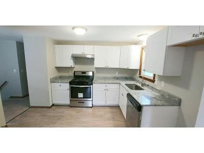 3 Bed 1 Bath Foreclosure Property in Springfield, MA 01118 - Westbank Ct