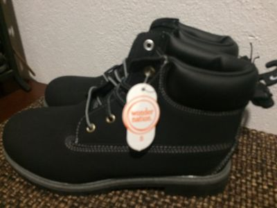 Black Boots NWT SZ 5 Mens