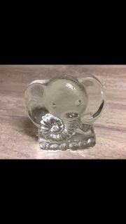 Vintage Glass Elephant Paperweight. CP.