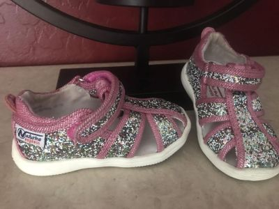 Naturino Express Toddler Girls Glitter T Strap Sandal Shoes Size 5 Super Great Condition $7.00
