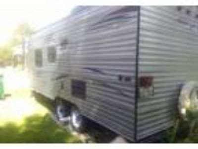 2015 Gulf Stream Amerilite Travel Trailer in Alvin, TX