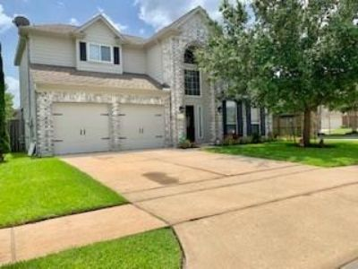 14319 Pipers Gap Court Houston Texas 77090