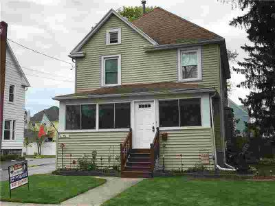 46 North Lyon Street BATAVIA Four BR, beautifly maintained home