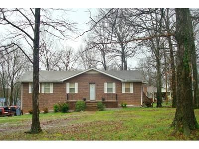 2 Bath Preforeclosure Property in La Vergne, TN 37086 - Sanders Dr