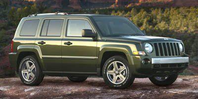 2008 Jeep Patriot Sport (Light Khaki Metallic)