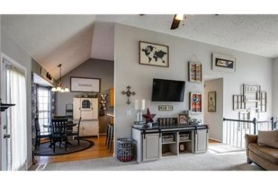 Beautiful 3BR/3BA home in a great Fairview neighborhood with basement!