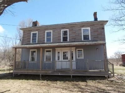 3 Bed 1 Bath Foreclosure Property in Le Roy, NY 14482 - S St Rd