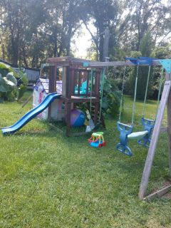 Swing set & play house