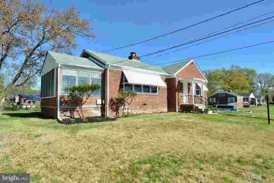 2118 Beechwood Rd HYATTSVILLE Five BR, Back on the market.