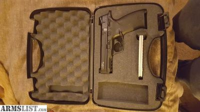 For Sale: Smith and Wesson M&P 22 LR