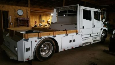 2002 Freightliner Sportchassis Toterhome trade?
