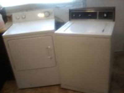 washer and dryher set
