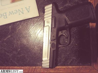 For Sale: S&w sd9 ve 9mm