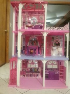 Barbie 3 Story Dream TownHouse with Furnitures