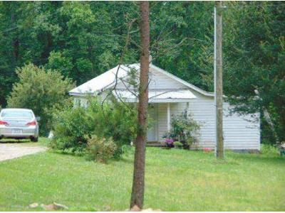 2 Bed 1 Bath Foreclosure Property in Franklinville, NC 27248 - Clark Ave