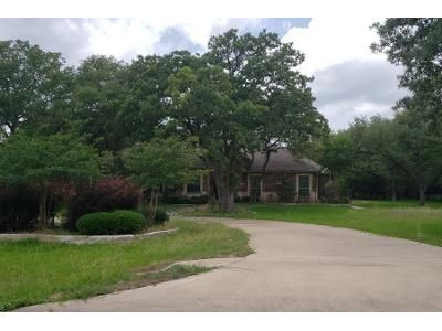 4 Bed 3.0 Bath Preforeclosure Property in Temple, TX 76502 - Allena Ln