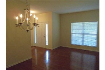 Spacious 4 or 5 Bedroom House For Rent in Colfax