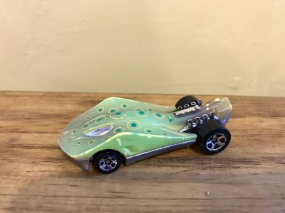 Hot Wheels Super Stinger Color Changing Car. Put in water and color changes. Swipe on this picture and you will see the color change.