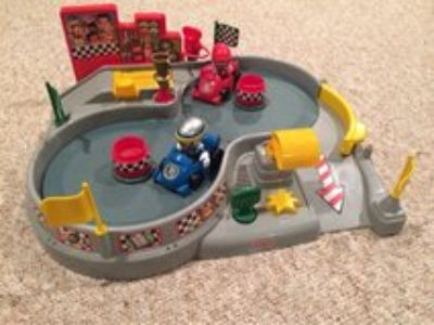 Fisher Price race track