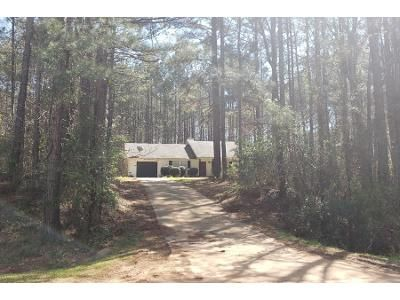 3 Bed 2 Bath Preforeclosure Property in Hogansville, GA 30230 - Sims Rd