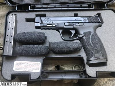 For Sale: S&W M&P 45 2.0