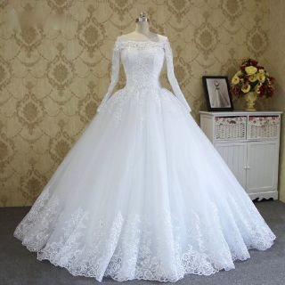 Norah's Lace Applique A Line Wedding Gown Without Train