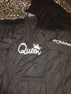 All black queen thin long sleeve with hoodie