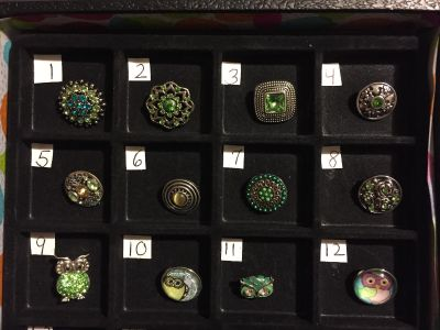 NEW, SNAPS FOR INTERCHANGEABLE JEWELRY, FITS GINGERSNAPS BRAND, GREEN / MULTI