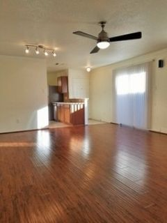 Cozy 3/2 With Updates & All Appliances Only $1300.mo