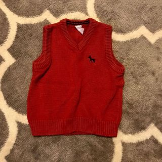 Carter s Size 3T Red Vest