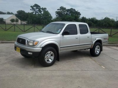 $10,988, 1 Owner 2002 Toyota Tacoma PreRunner Dbl Cab Truck  New Michelin Tires  Warranty  AutoCheck