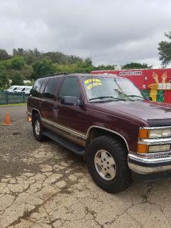 1995 Chevrolet Tahoe LS (Red)