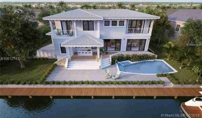 850 Washington St Hollywood Five BR, A boaters paradise!